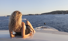 10% discount on early charter yacht booking