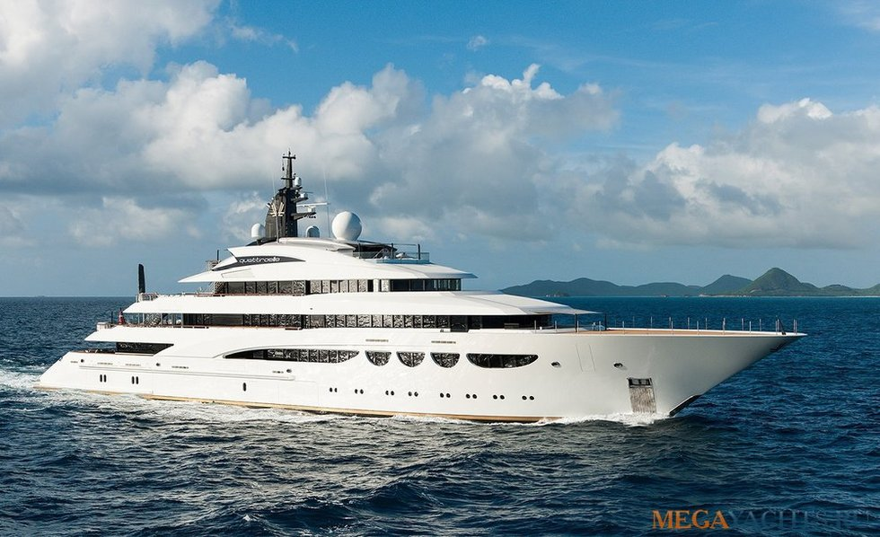Charter lurssen quattroelle arcon yachts for Lurssen yacht genova