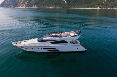 Yachts for sale in Egypt Dominator 640 Fly