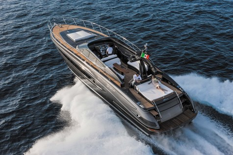 Yachts for sale in Thailand Riva VIRTUS