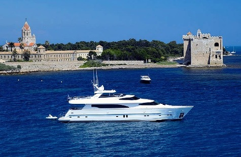 Yachts for sale in Greece Horizon 97 ANNABEL II