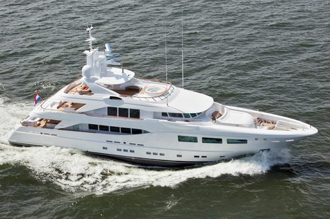 Yachts for sale in Spain Hakvoort 39m SNOWBIRD