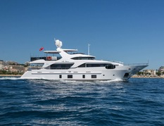Yachts charter in  France Benetti Delfino 28m
