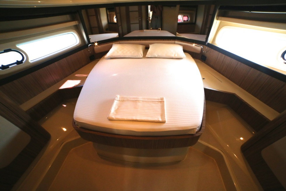 Azimut Magellano 43 Flybridge