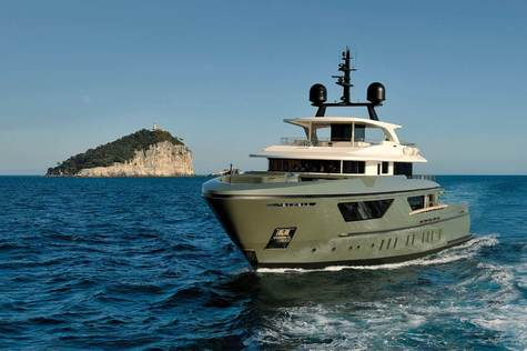 Yachts for sale in Cannes Sanlorenzo 460 EXP