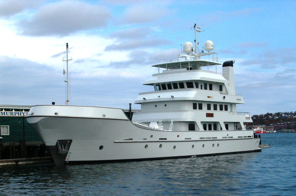Expedition Luxury Yacht 43m