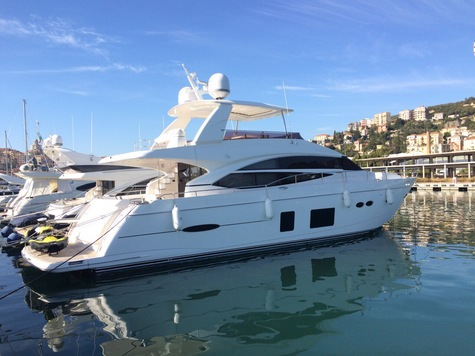 Yachts for sale in Barcelona Princess 72