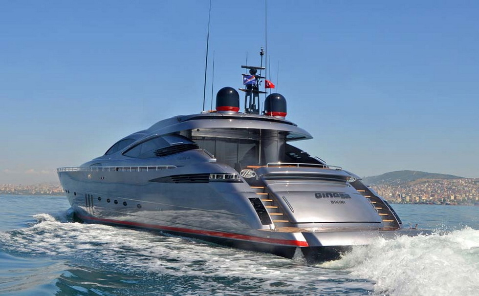 Pershing 115 Ginger