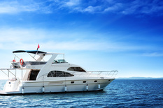 Yacht charter in Dubai Majesty 55ft