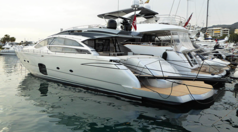 Yachts for sale in Egypt Pershing 82
