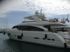 Yachts for sale in Thailand Princess 88