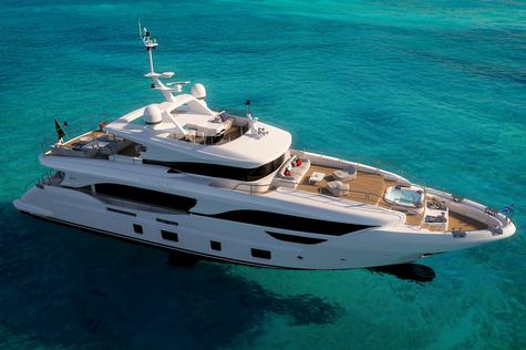 Yachts for sale in Germany Benetti Delfino 95