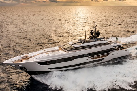 Yachts for sale in Germany Custom Line 120