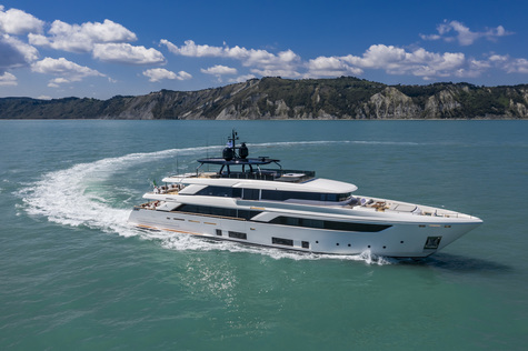 Yachts for sale in Ibiza Custom Line 42