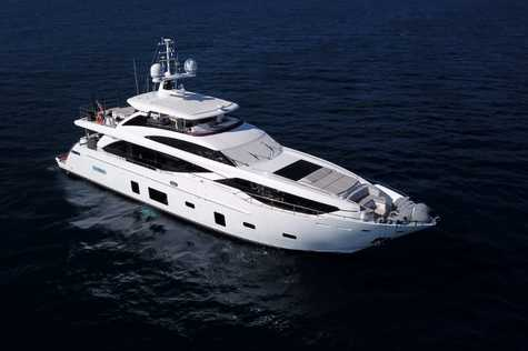 Yachts for sale in Barcelona Princess 30M