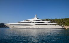 Yacht charter in Naples Golden Yachts O'PTASIA