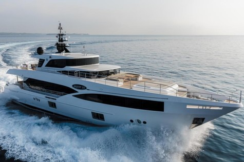 Gulf Craft Majesty 100 MIA