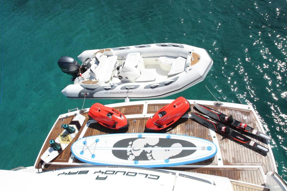 Sunseeker A CLOUD BAY