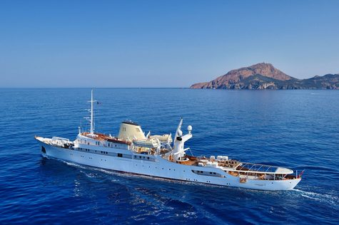 Yacht сharter in the Canary Islands Canadian Vickers 99m CHRISTINA O