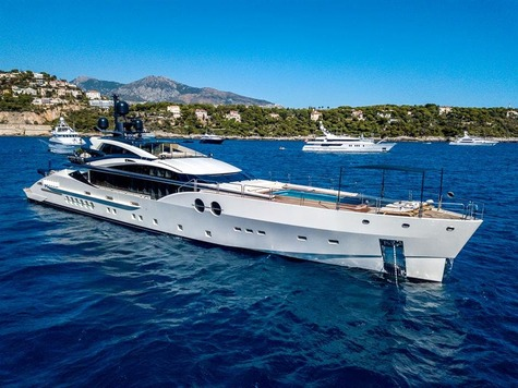Yachts for sale in Majorca Palmer Johnson 52